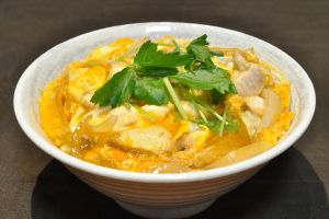 Oyakodon by Ocdp via Wikipedia