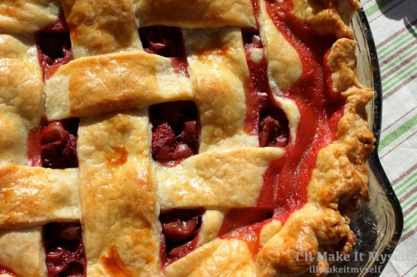 Strawberry Gooseberry Pie | I'll Make It Myself! 5 (1)