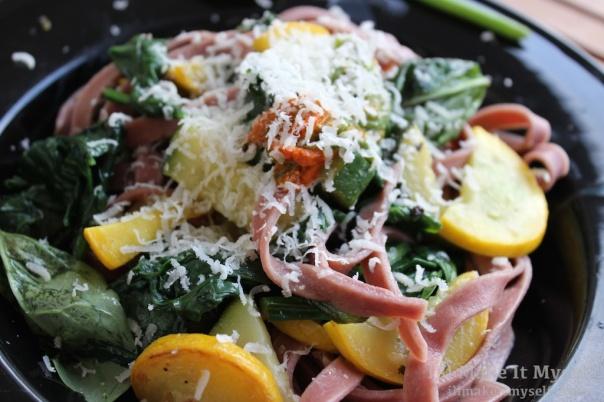 Beet Pasta w Squash | I'll Make It Myself! 1 (1)