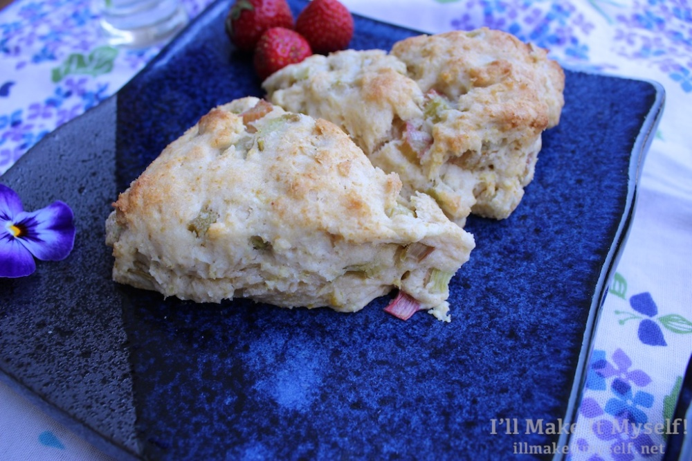 Rhubarb Cream Scones | I'll Make It Myself! 1