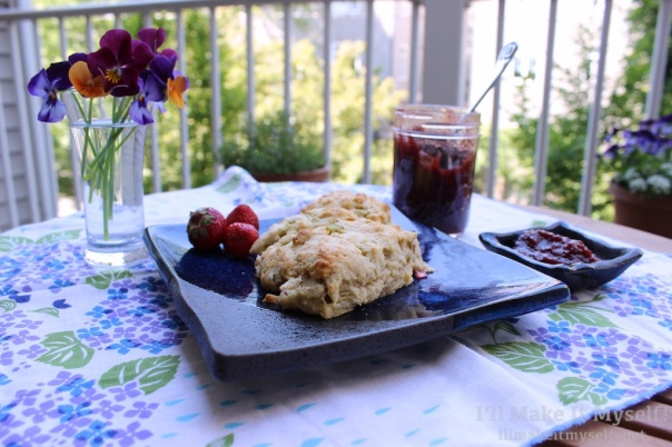 Rhubarb Cream Scones | I'll Make It Myself! 4