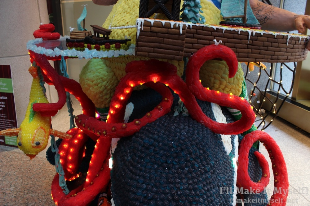 Sheraton Gingerbread Village | I'll Make It Myself! 8